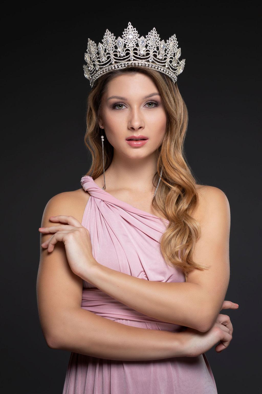 Miss Queen szépségverseny győztes 2019 Árki Dominika